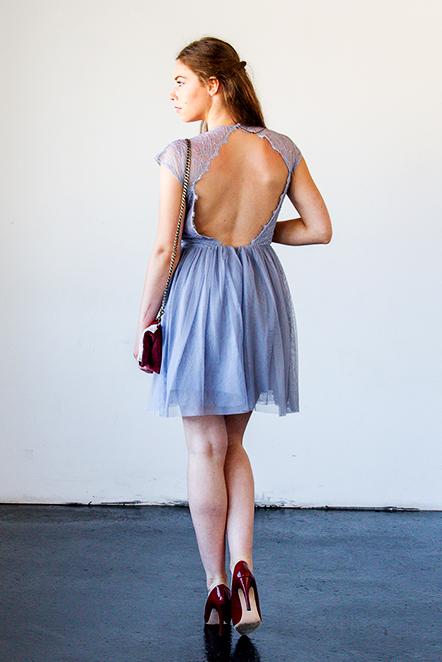 bleu-pale-dos